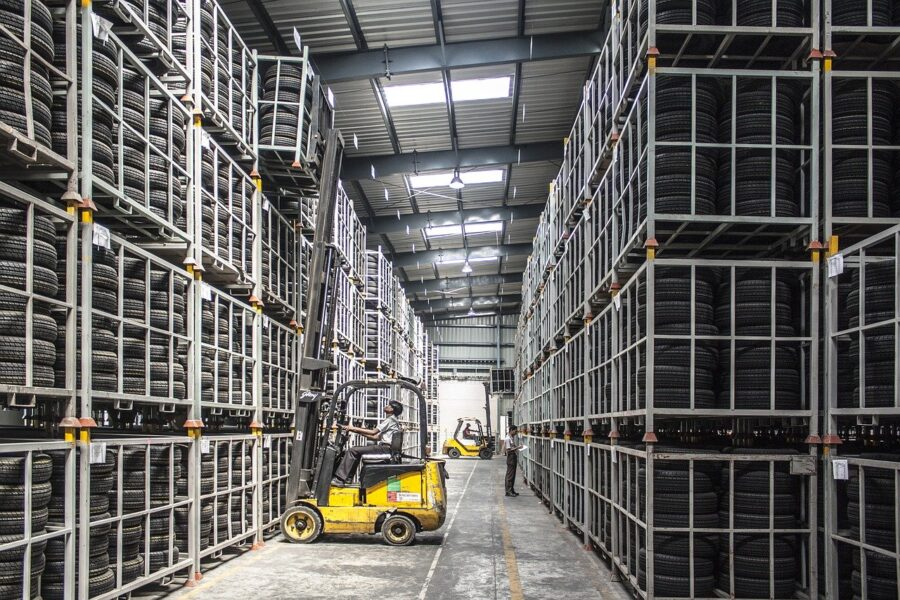 How Supply Chain Automation Benefits Businesses During Coronavirus-like Crises